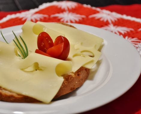 cheese-bread-1227623_1920